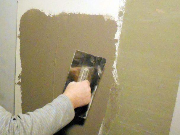 Отремонтировать стены своими руками - Mdvedv.ru